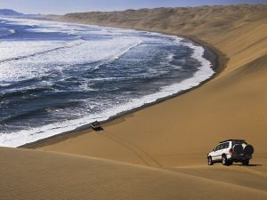 01-namibia-jeeps_30453_600x450